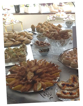 Buffets, sandwiches, artisan breads, savoury pastries, sweets, by Lea